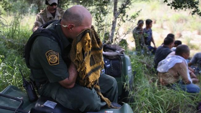 Agentes fronterizos rompen el silencio