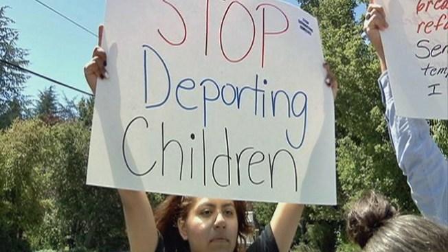 Siguen en apoyo protestas para niños inmigrantes