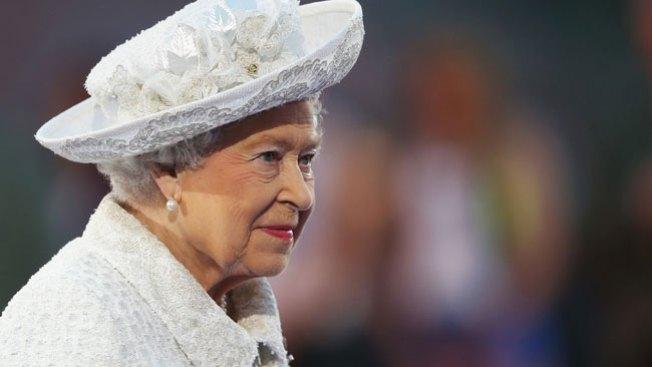 """El viral """"photobomb"""" de la Reina Isabel"""