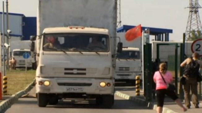 Ucrania: Camiones rusos de ayuda parten