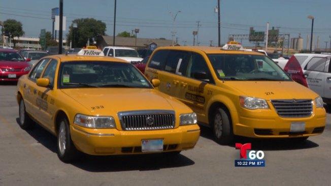 Taxista denuncia cancelación de contrato