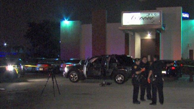 Muere hombre baleado en club nocturno