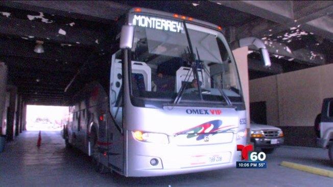 México: vuelca bus y deja 8 muertos