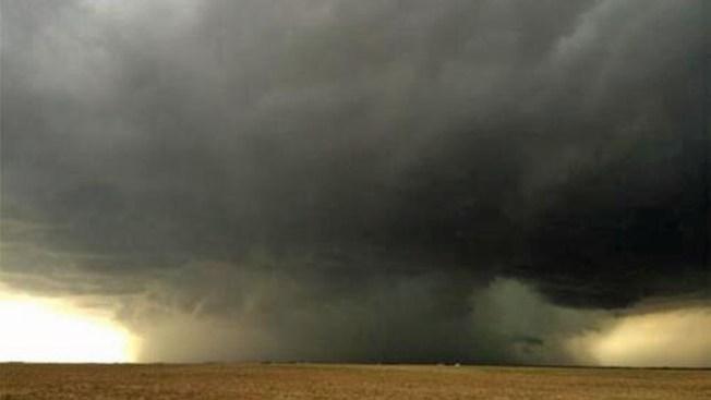 Tornado azota el oeste de Michigan