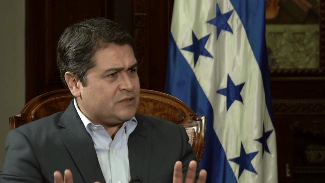 Crisis humanitaria: Presidente de Honduras culpa a EEUU