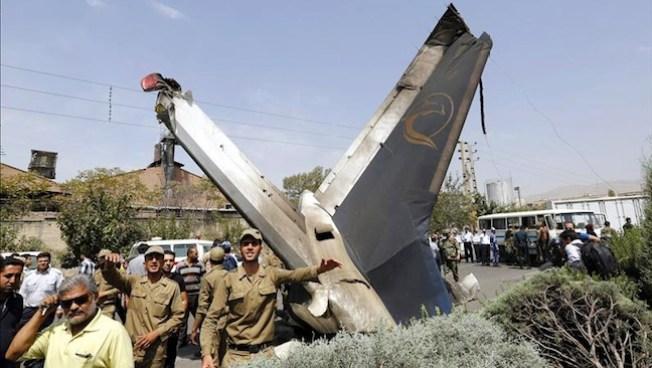 Se estrella avión en Irán