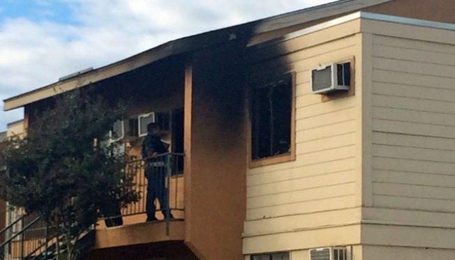 Apartamentos evacuados tras incendio