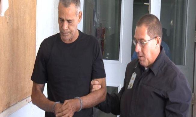 Libre bajo fianza policía municipal que disparó a su expareja
