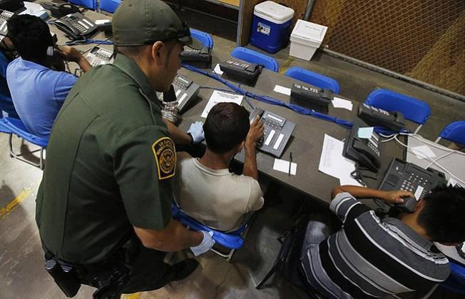 FBI investiga estafa a familias migrantes