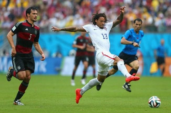 Alemania vence a EEUU, los dos avanzan