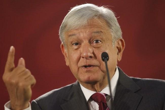López Obrador promete protección a periodistas