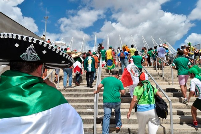 Nueve mexicanos arrestados en Mundial
