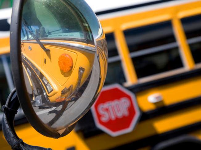 Multas de tránsito en zona escolar: ¿Cómo evitarlas?