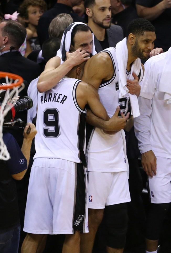 Spurs derrota a Hawks 94-92